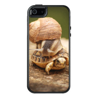 Snail Riding Baby Tortoise OtterBox iPhone 5/5s/SE Case