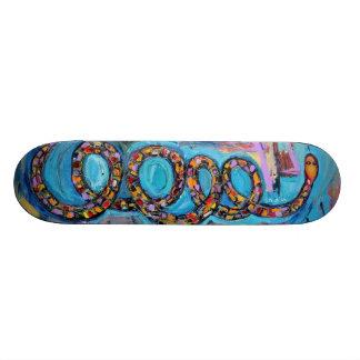 Snake skate board