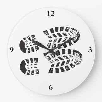 Sneakers Black & White Imprint Large Clock