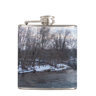 Snow Beauty James River Hip Flask