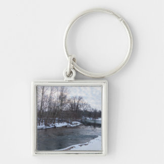 Snow Beauty James River Silver-Colored Square Key Ring