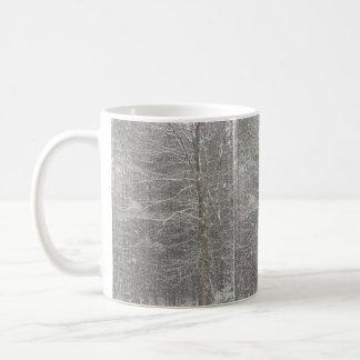 Snow Falling Basic White Mug