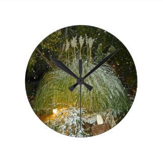 snow falling clock