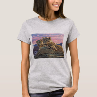 Snow Leopard Mother and Cub - T-Shirt