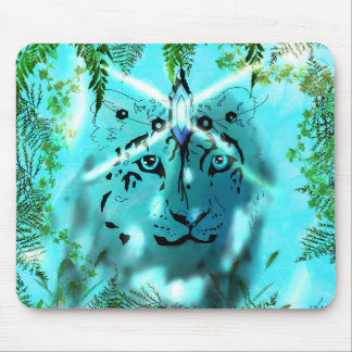 Snow leopard Spirit mouse pad