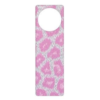 Snow Leopard style - Silver Pink Door Hanger
