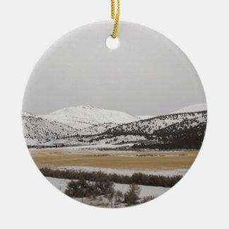 snow scene round ceramic decoration