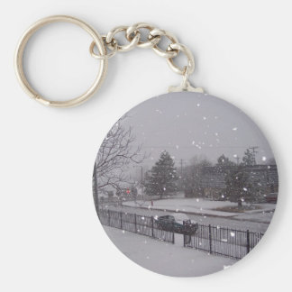 SNOW SCENE IN CONNECTICUT BASIC ROUND BUTTON KEY RING