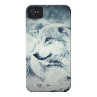 Snow Wolf... iPhone 4 Cover