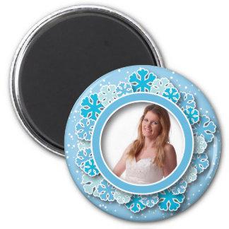 Snowflake frame magnet