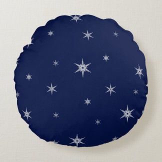 Snowflakes On Navy Blue | Round Mix and Match Round Cushion