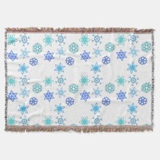 Snowflakes Pattern Holiday Throw Blanket