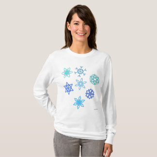 Snowflakes Pattern Women's Long Sleeve Shirt