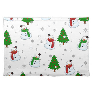 Snowman pattern placemat