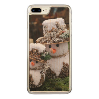 Snowmen Wearing Pinecone Hat Carved iPhone 7 Plus Case