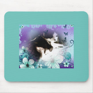 snowshoe kitty hiding in the flowers mouse pad