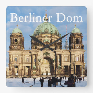 Snowy Berlin Cathedral 001.02.T (Berliner Dom) Square Wall Clock