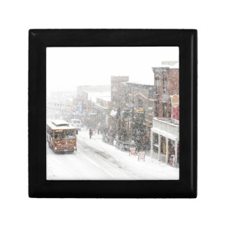 snowy day small square gift box
