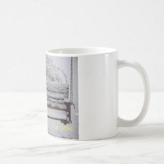 snowy day swing mug