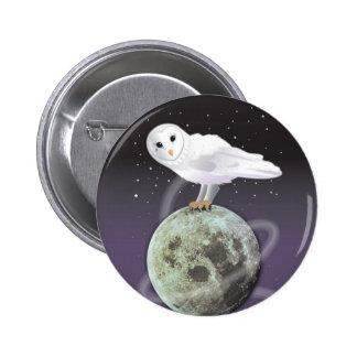 Snowy owl in the moonlight 6 cm round badge
