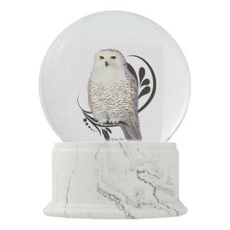 Snowy Owl Snow Globe