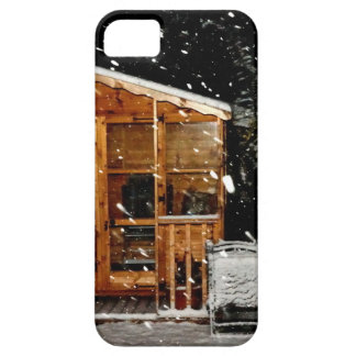 snowy summer house winer scene iPhone 5 cases