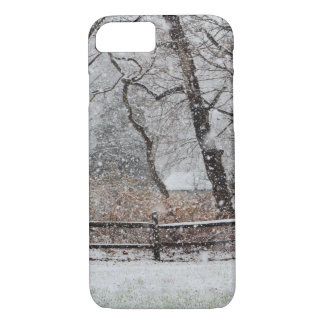Snowy Winter's Day iPhone 7 Case