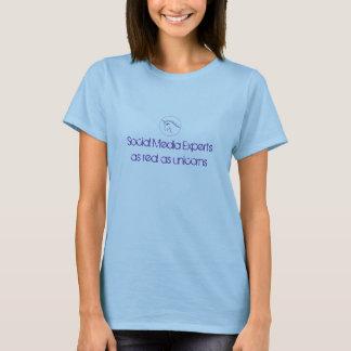Social Media Experts as real as unicorns v2 T-Shirt
