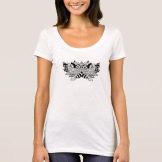 Soft cotton scoop neck t-shirt with lotus design