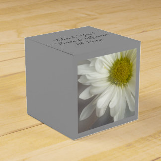 Soft White Daisy on Gray Wedding Wedding Favour Box