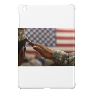 Soldier Salutes The United States Flag iPad Mini Case