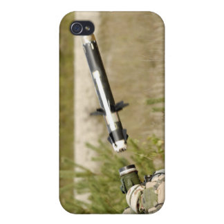soldiers firing an FGM-148 Javelin iPhone 4/4S Cases