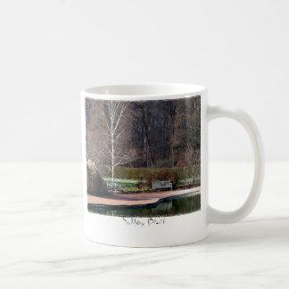 Solitary Bench Mug