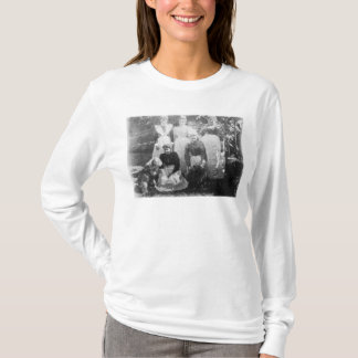 Sophia Farrell and maids, 1899 T-Shirt
