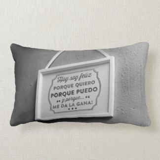 soy feliz pillow