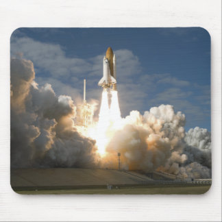 Space Shuttle Atlantis lifts off 24 Mouse Pad