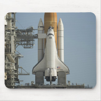 Space Shuttle Discovery sits ready Mouse Pad