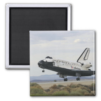 Space Shuttle Discovery's main landing gear Magnet