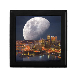 Spacey Pittsburgh Gift Box