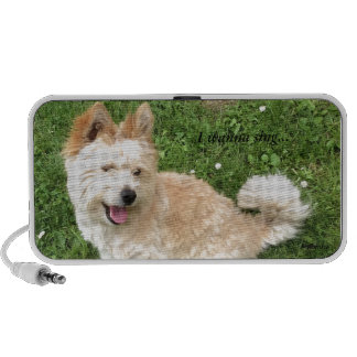 Speaker with a singing dog iPhone speaker