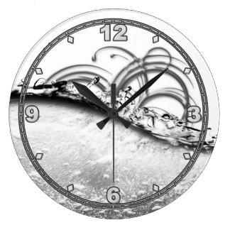 Splash of Platinum Round clock