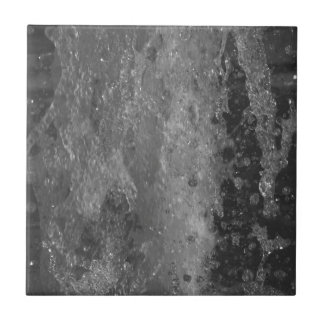 Splashes of fountain water (black and white) tile