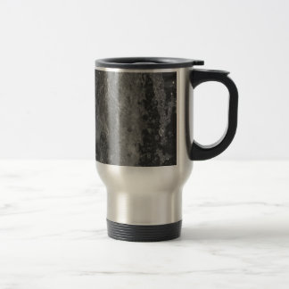 Splashes of fountain water (black and white) travel mug