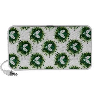 Splattered Paint Christmas Holly Design Mini Speakers