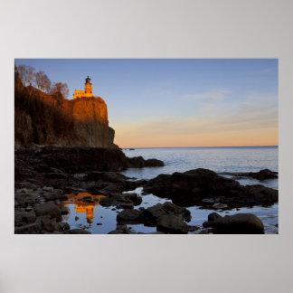 Split Rock Lighthouse at sunset near Two Poster
