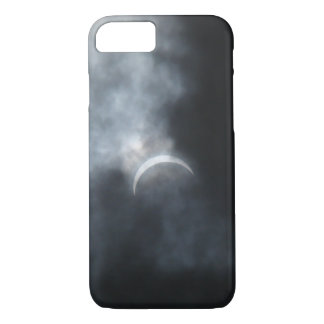 Spooky Eclipse Storm Clouds 2017 iPhone 8/7 Case