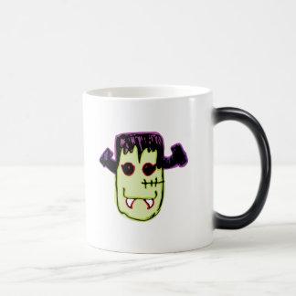 Spooky & Fun Vamp-N'-Stein Face Magic Mug