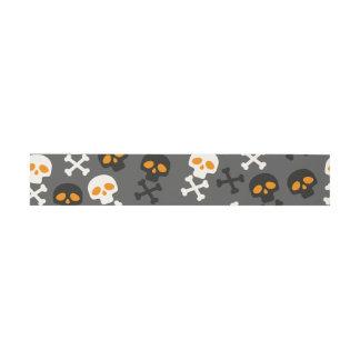 Spooky Halloween Skulls Pattern on Grey Invitation Belly Band