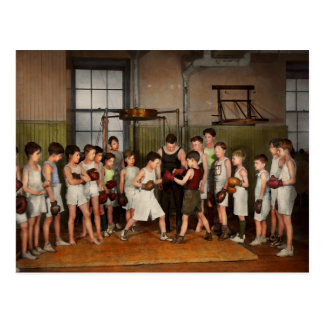 Sport - Boxing - Fists of fury 1924 Postcard