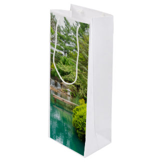 Spring Botanical Beauty Wine Gift Bag